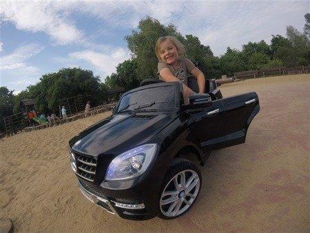 Auto na akumulator Mercedes-Benz ML350 AMG  biały