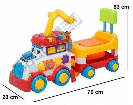 Interaktywny jeździk lokomotywa z przyczepą