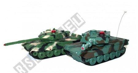 Para walczących czołgów American M1A2 i Chinese 96
